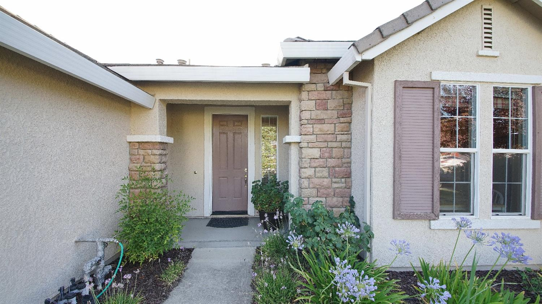 1868 Santa Ines St  Roseville, CA 95747