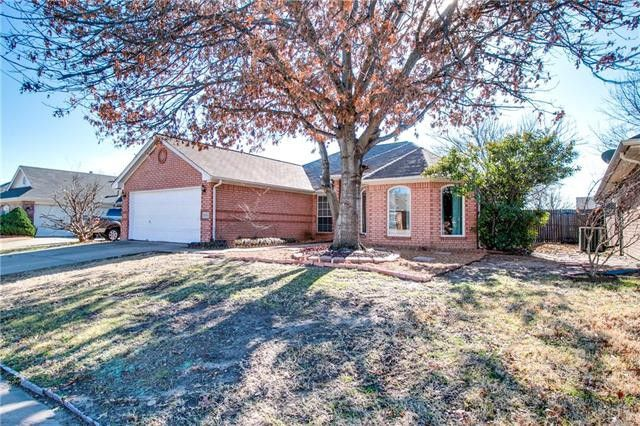 1085 Springwood Drive, Saginaw, Texas 76179