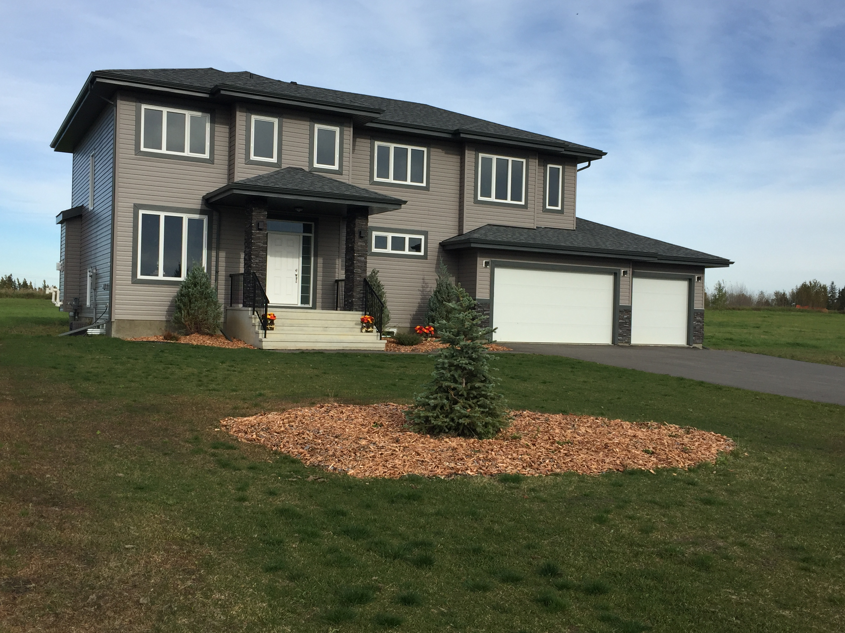 18 Spring Meadow Estate, Rural Parkland County