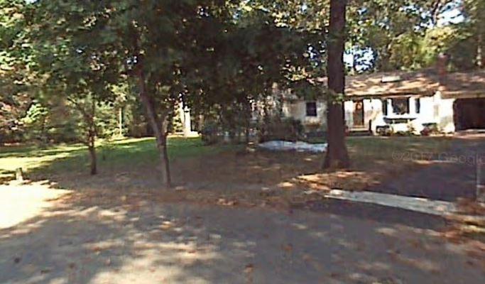 51 Arrowhead Ln, Plantsville, CT 06479