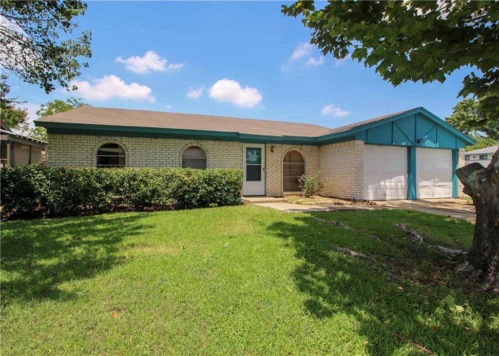 5745 Macdougall Dr, Haltom City, TX