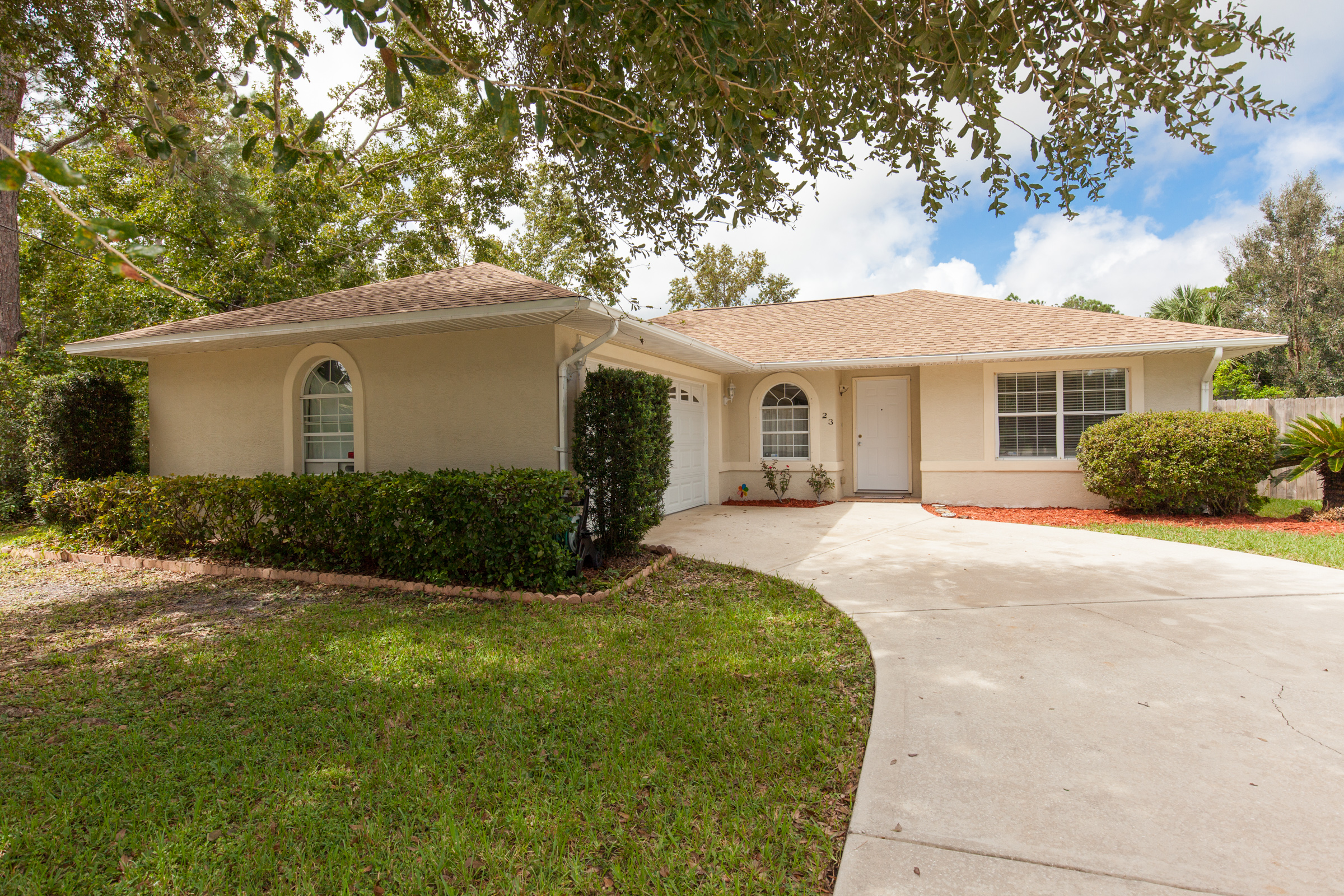 23 Rae Dr Palm Coast, FL