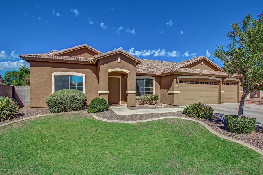 4024 E Somerset Way, San Tan Valley, AZ 85140