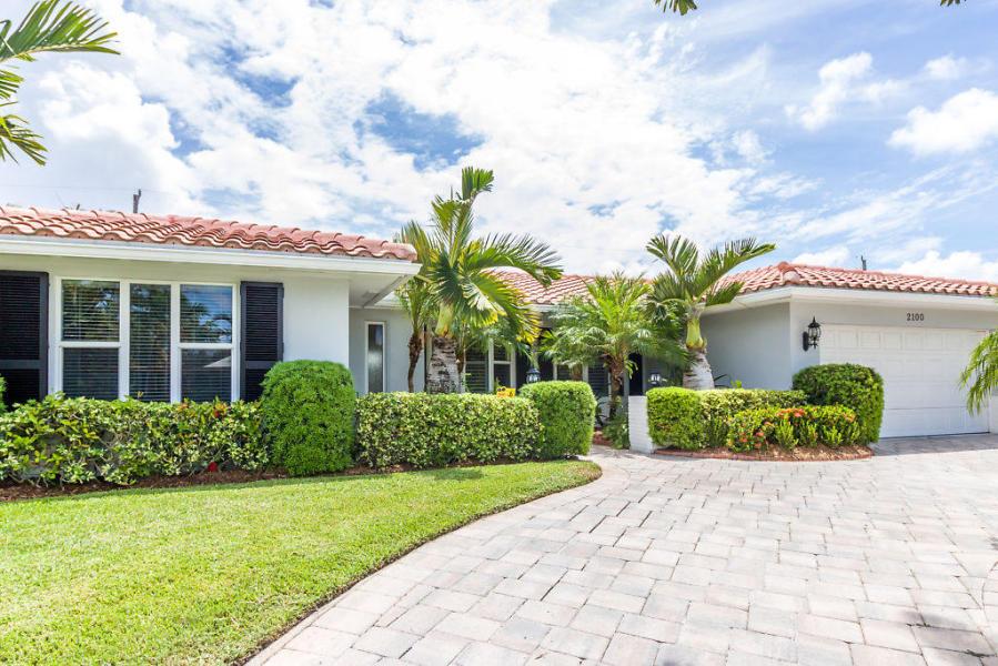 2100 NE 65th Street, Fort Lauderdale, FL 33308