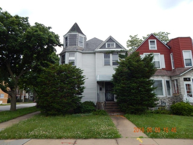 8956 S Dauphin Ave Chicago, IL