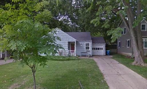 4327 W 70th St., Prairie Village, KS 66208