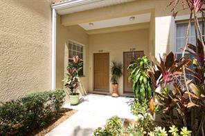 3227 Parkridge Circle #15-102 Sarasota,Florida 34243