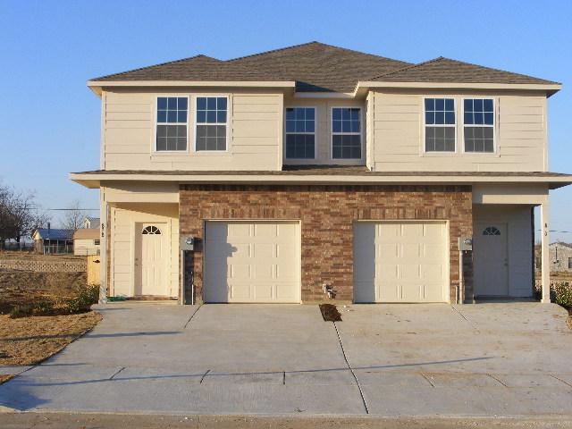 828/830 Parkplace Ridge, Princeton, TX 75407