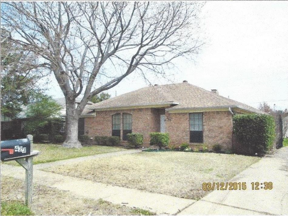 423 Woodhollow Dr, Wylie, TX 75098