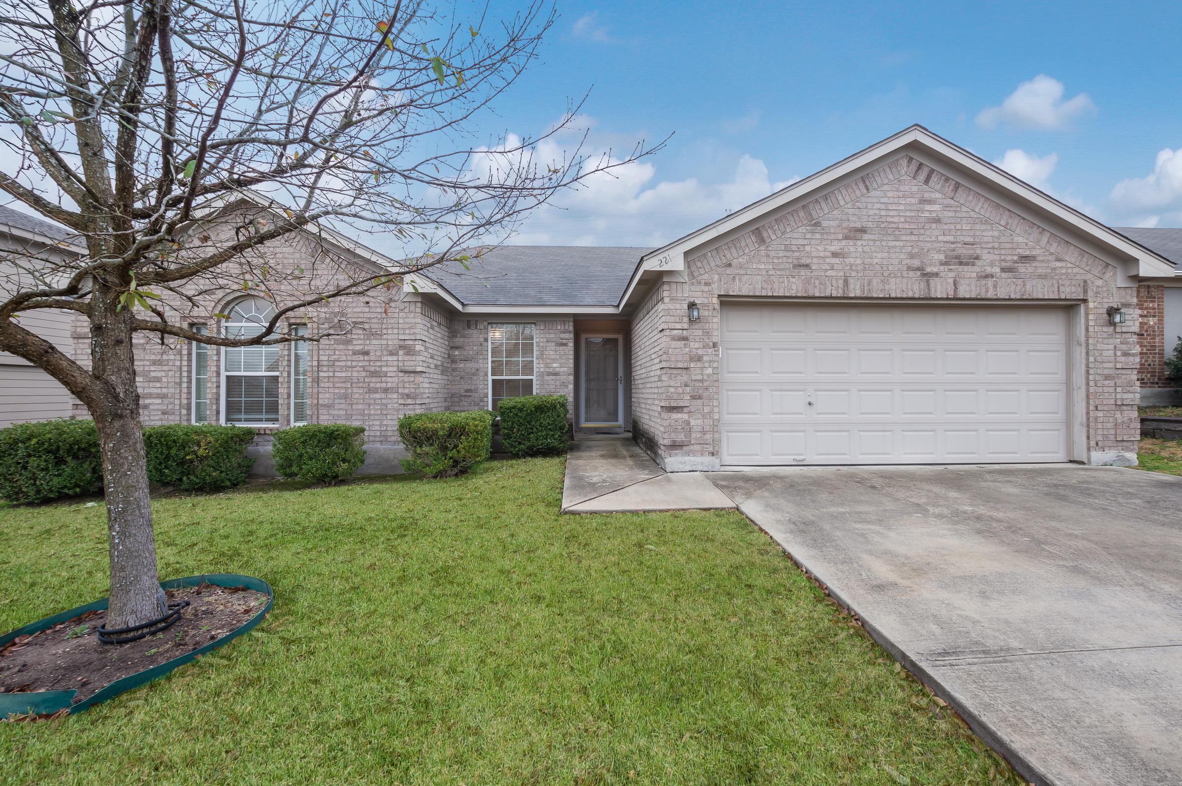 221 Weeping Willow, Cibolo, TX 78108