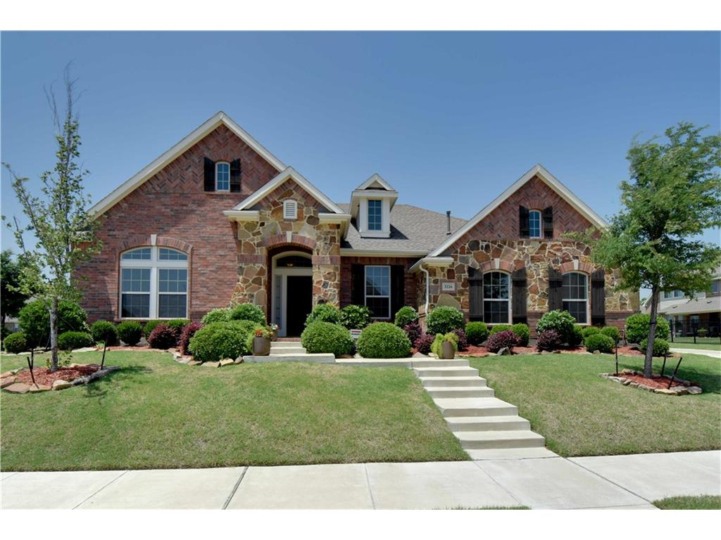 3226 Burnet Circle, Rockwall, TX75032