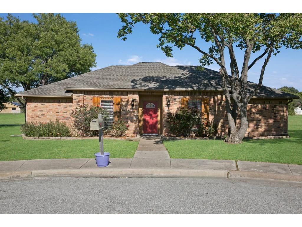 2312 Stonebrook Circle, Carrollton, TX 75007