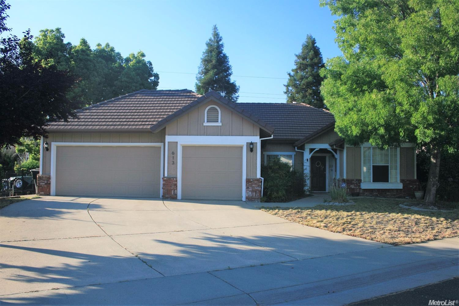 613 Martha Way Roseville, CA 95678