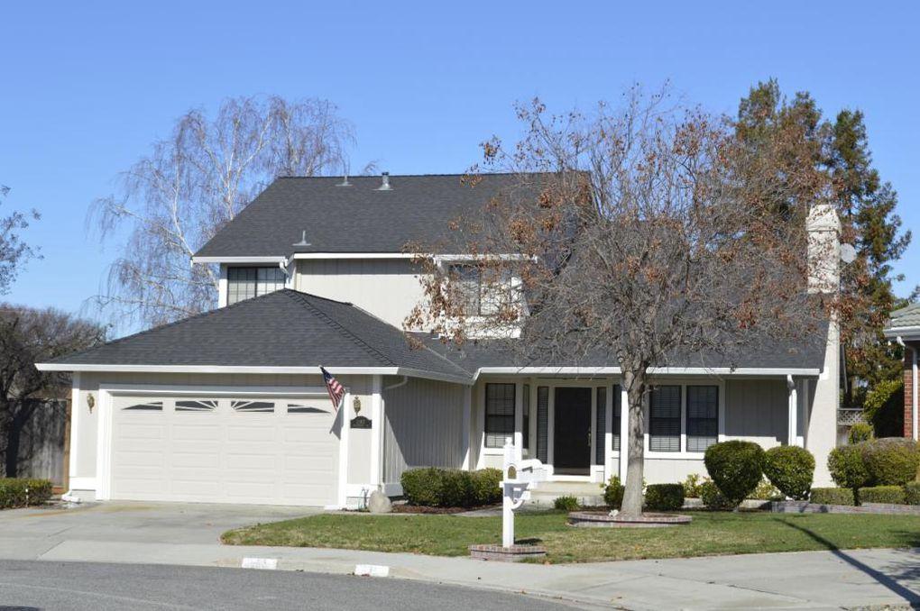 1183 Montmorency Dr, San Jose, CA 95118