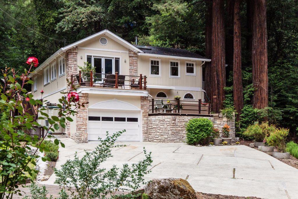 19400 Beardsley Rd, Los Gatos, CA 95033