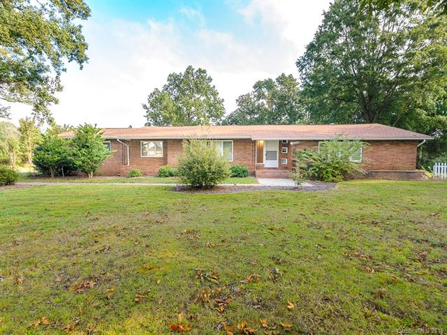 328 Ridge Rd., Charlotte, NC 28269