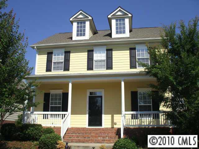 17723 North Shore Circle, Cornelius, NC 28031