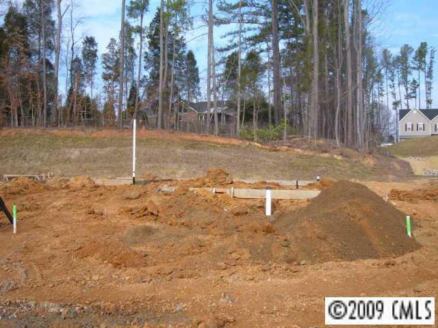3304 Lemongrass Ln., Charlotte, NC 28214