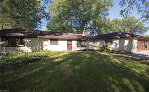 6006 Mackenzie, North Olmsted OH