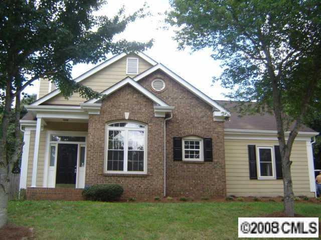 11601 Brockey Ct., Charlotte, NC 28215