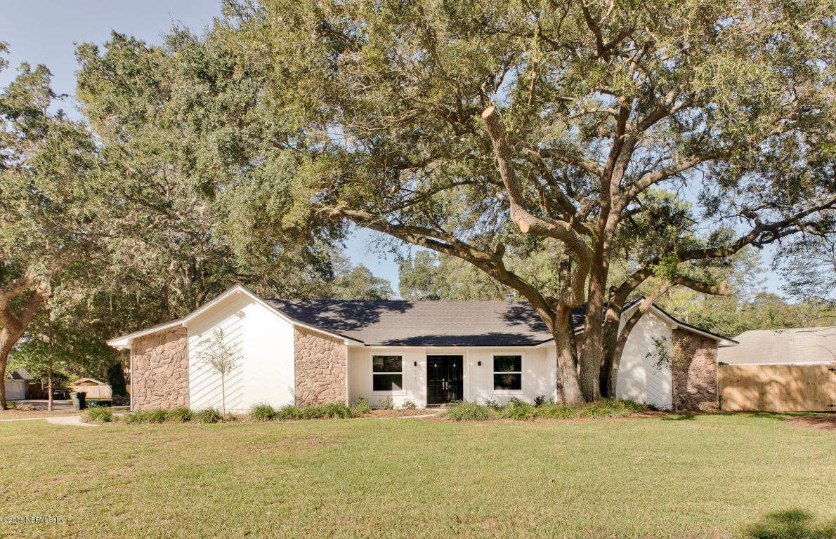 2326 Fallen Tree DR West Jacksonville, FL 32246
