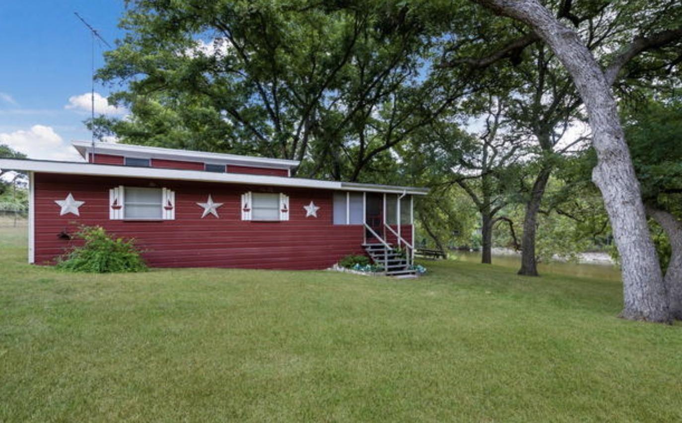 7158 River Road New Braunfels, TX 78132