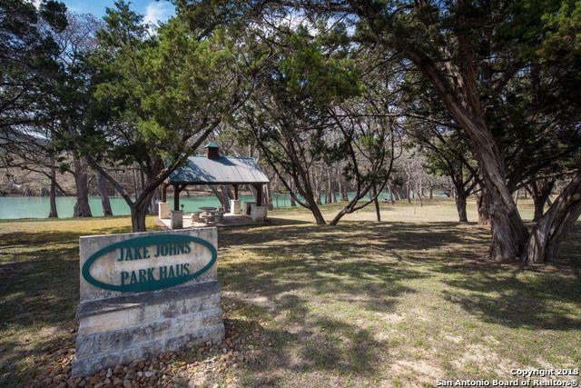 1131 River Oaks Blvd Canyon Lake, TX 78133