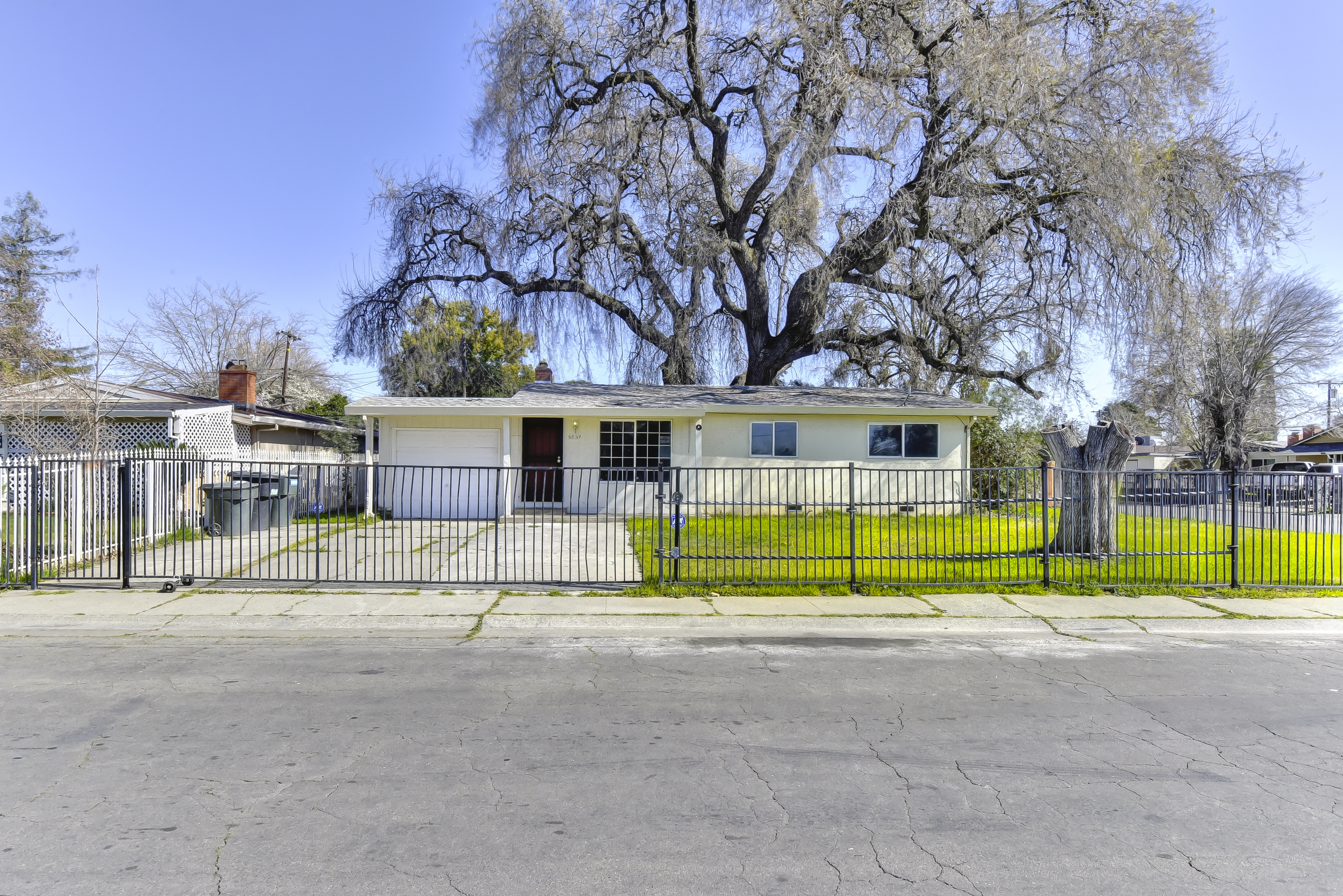 5837 42nd Street, Sacramento, 95824