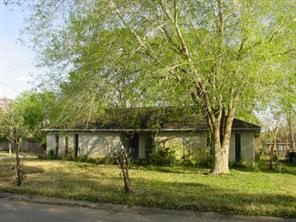501 Kingsbury, Friendswood