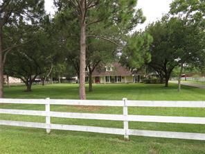 9614 N Humble Camp Rd, Dickinson
