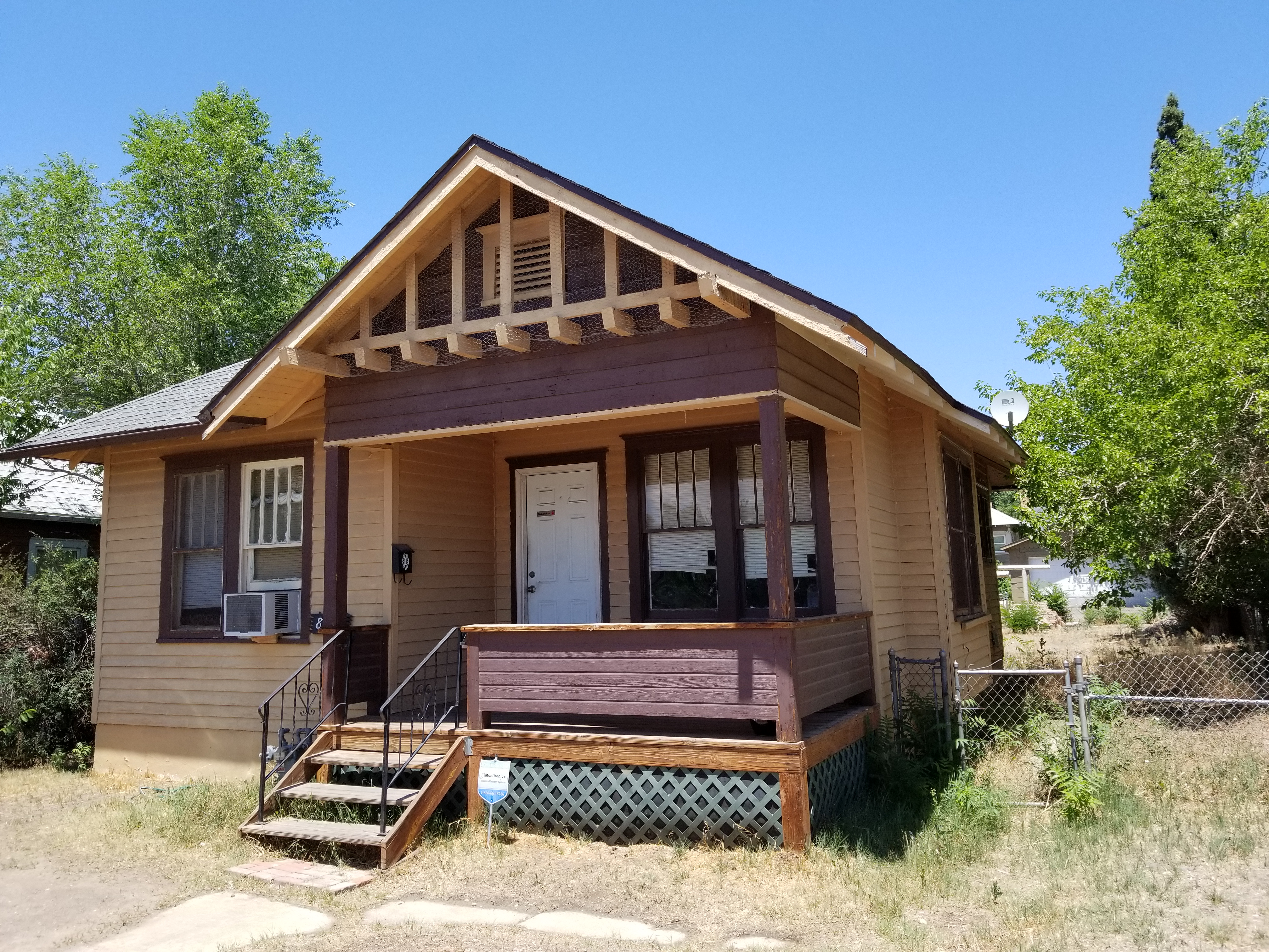 821 E 9th St Pueblo, CO