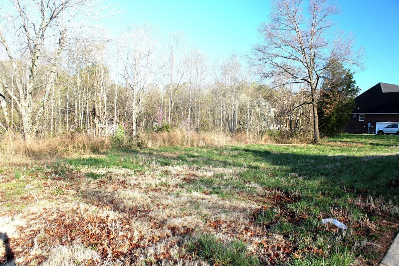 2062 Mossy Oak Cir