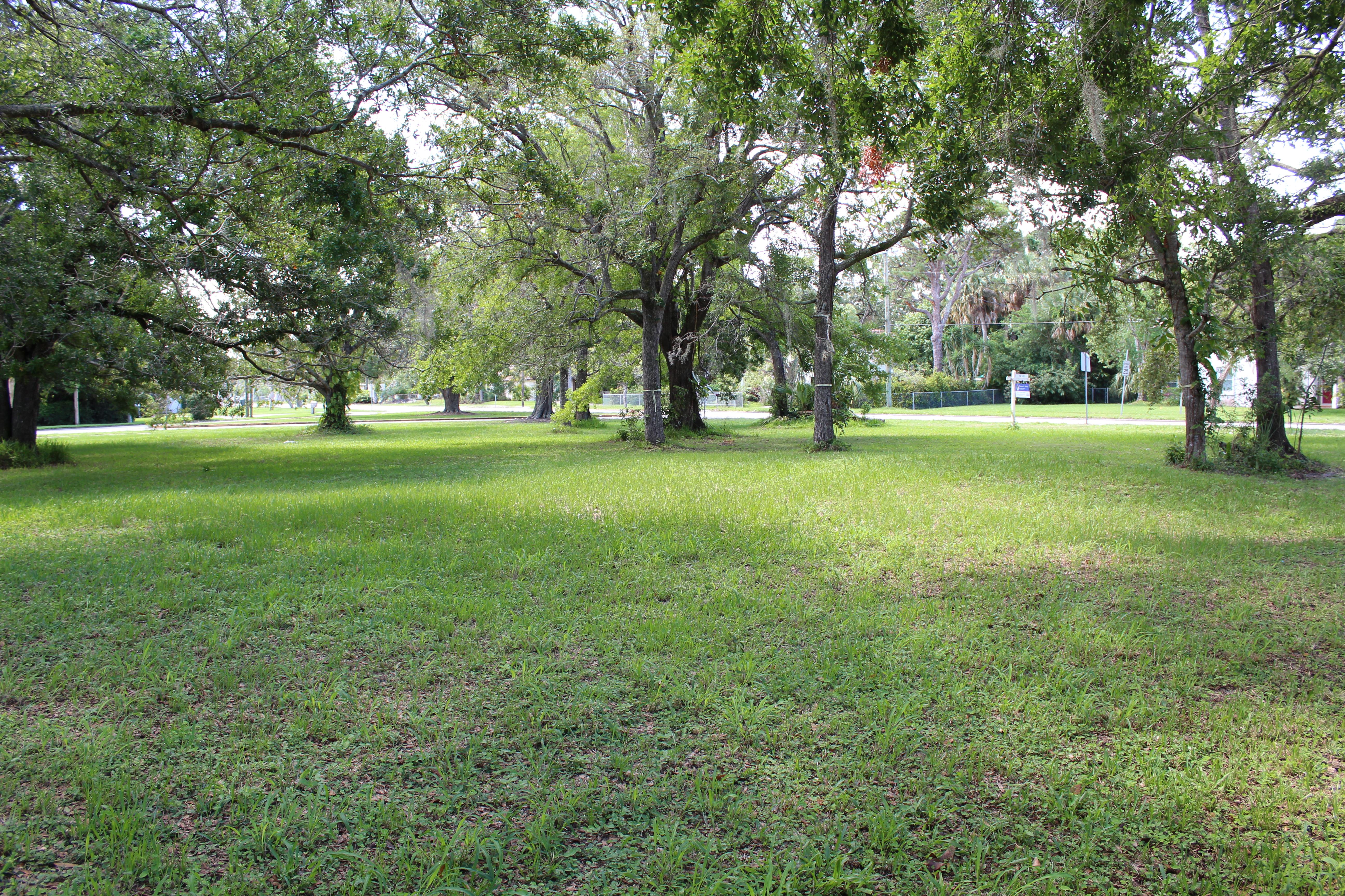 720 Parkway Ave Fort Pierce, FL