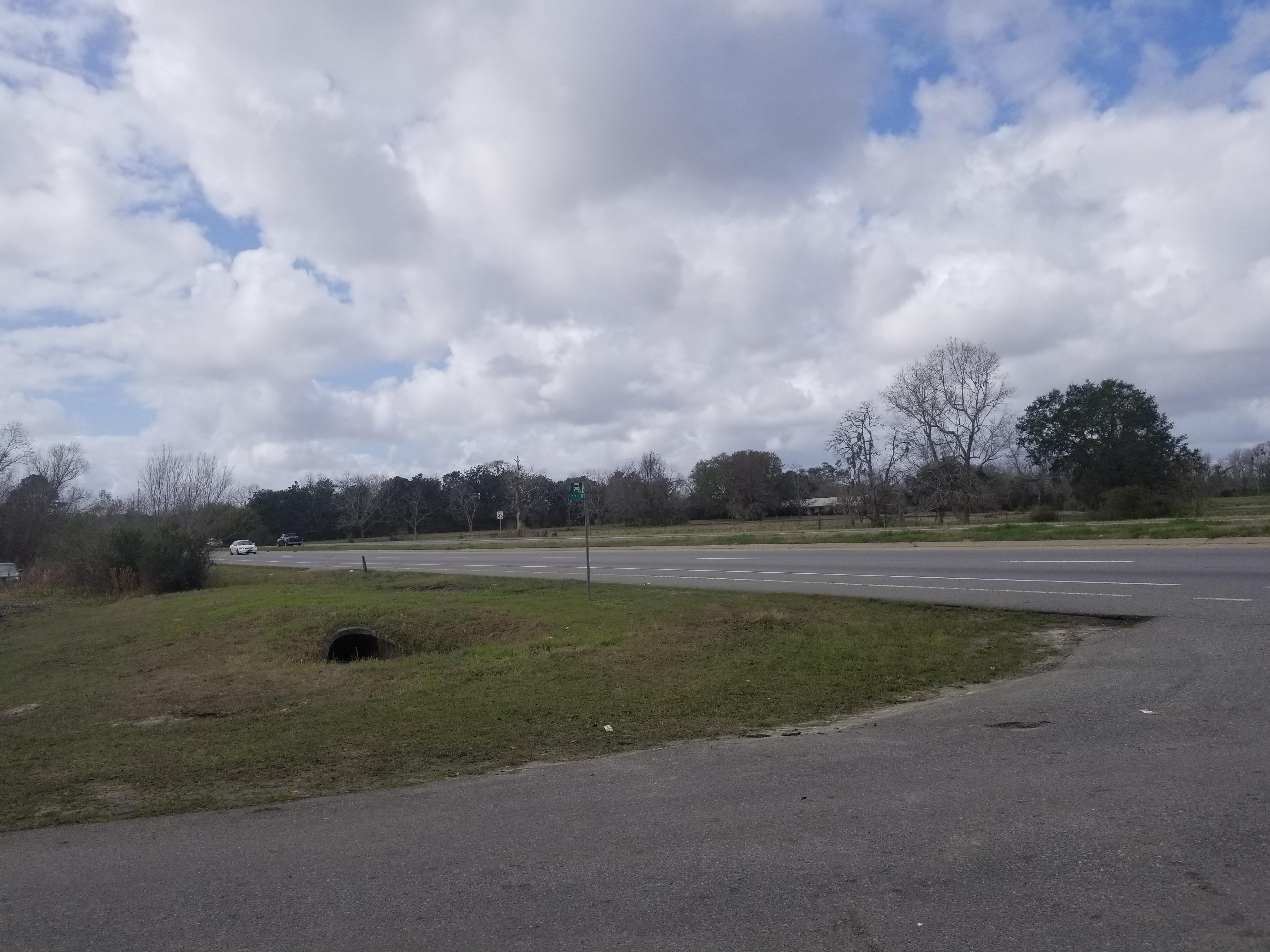 5833 Ogeechee Road, Savannah, Georgia 31419