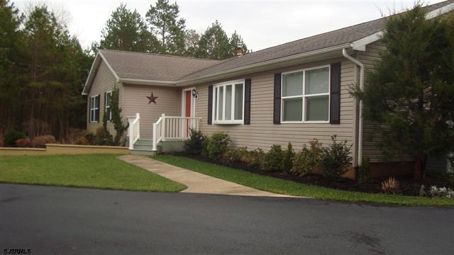 211 Cumberland Ave. Estelle Manor, NJ 08330-1750