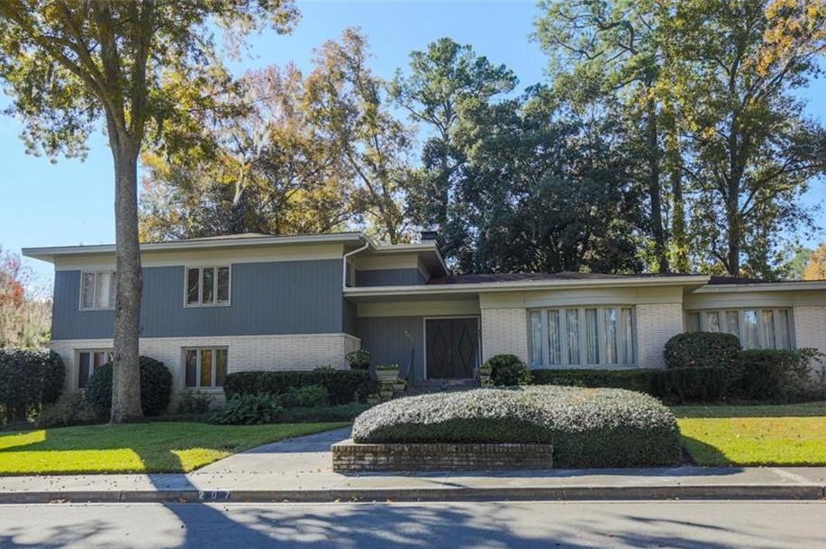 207 Johnston Street, Savannah, GA 31405