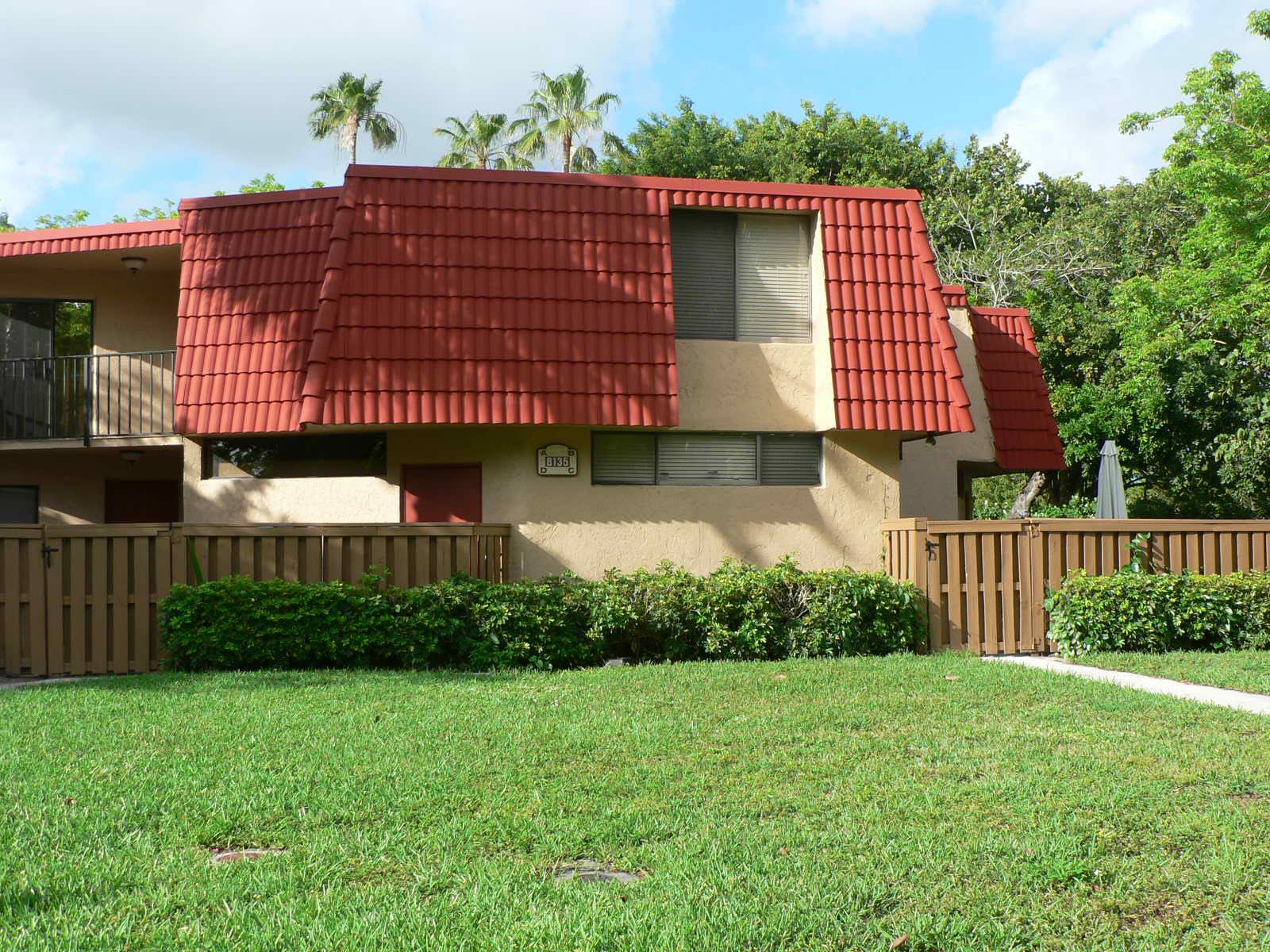 8135 Severn Drive, Unit B, Boca Raton, FL 33433