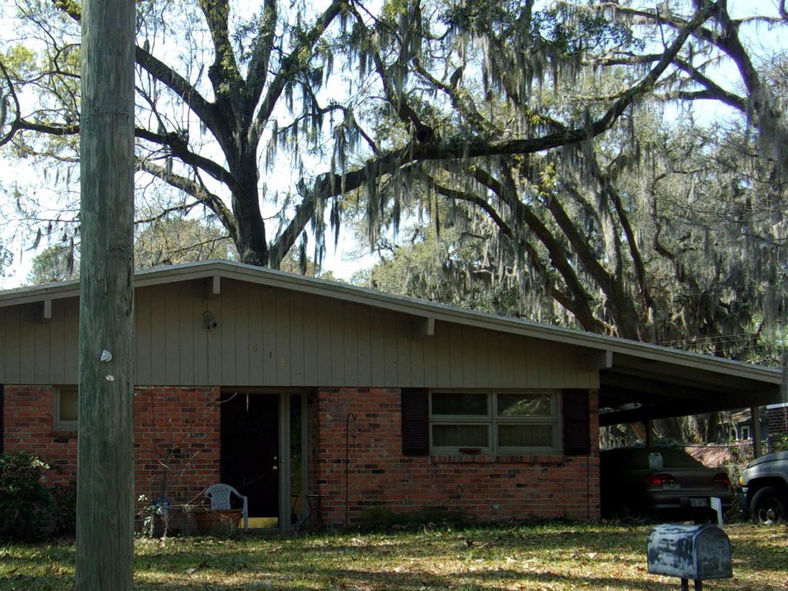 613 Jackson Boulevard, Savannah, Georgia 31405
