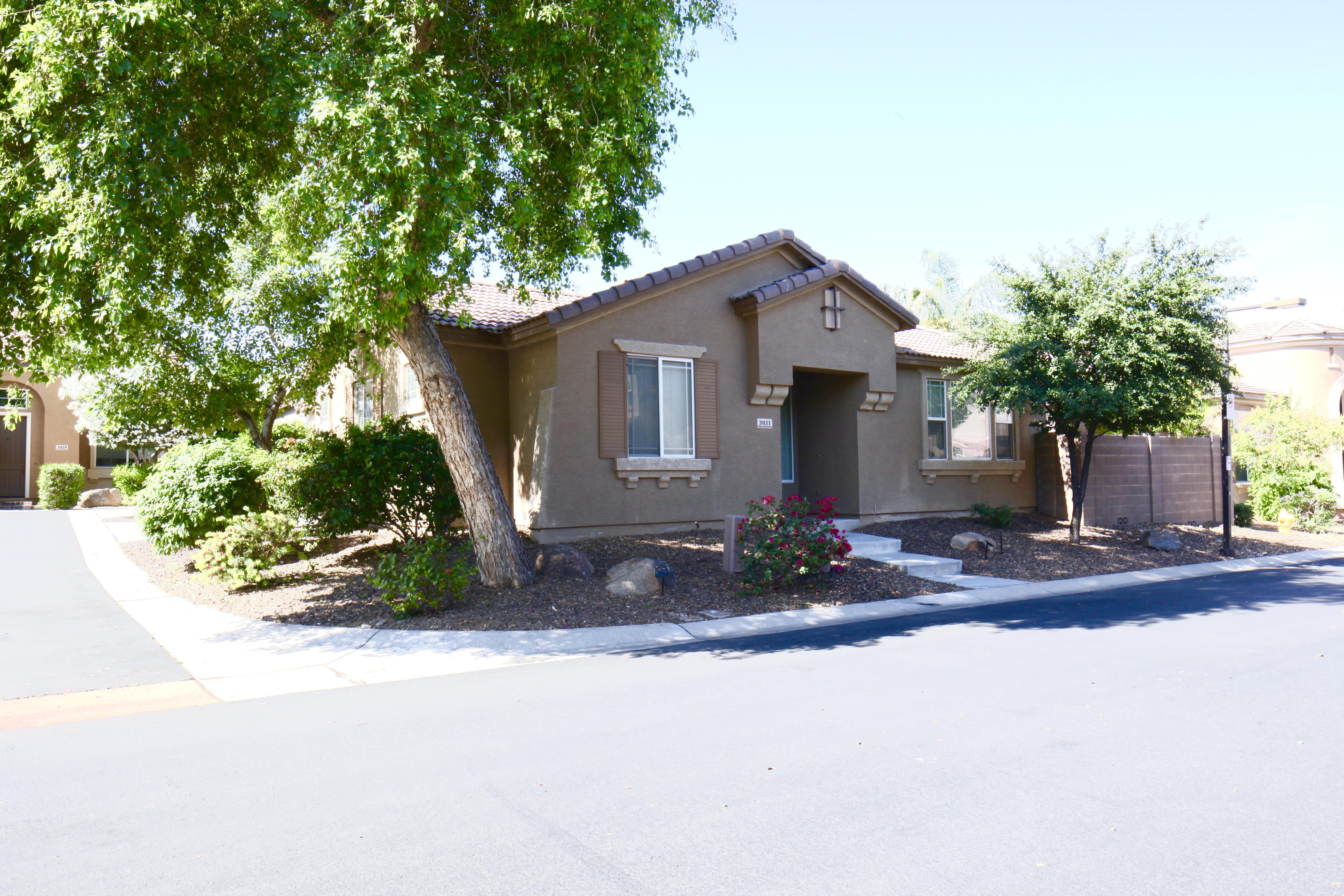 3931 E Pollack St Phoenix, AZ 85042