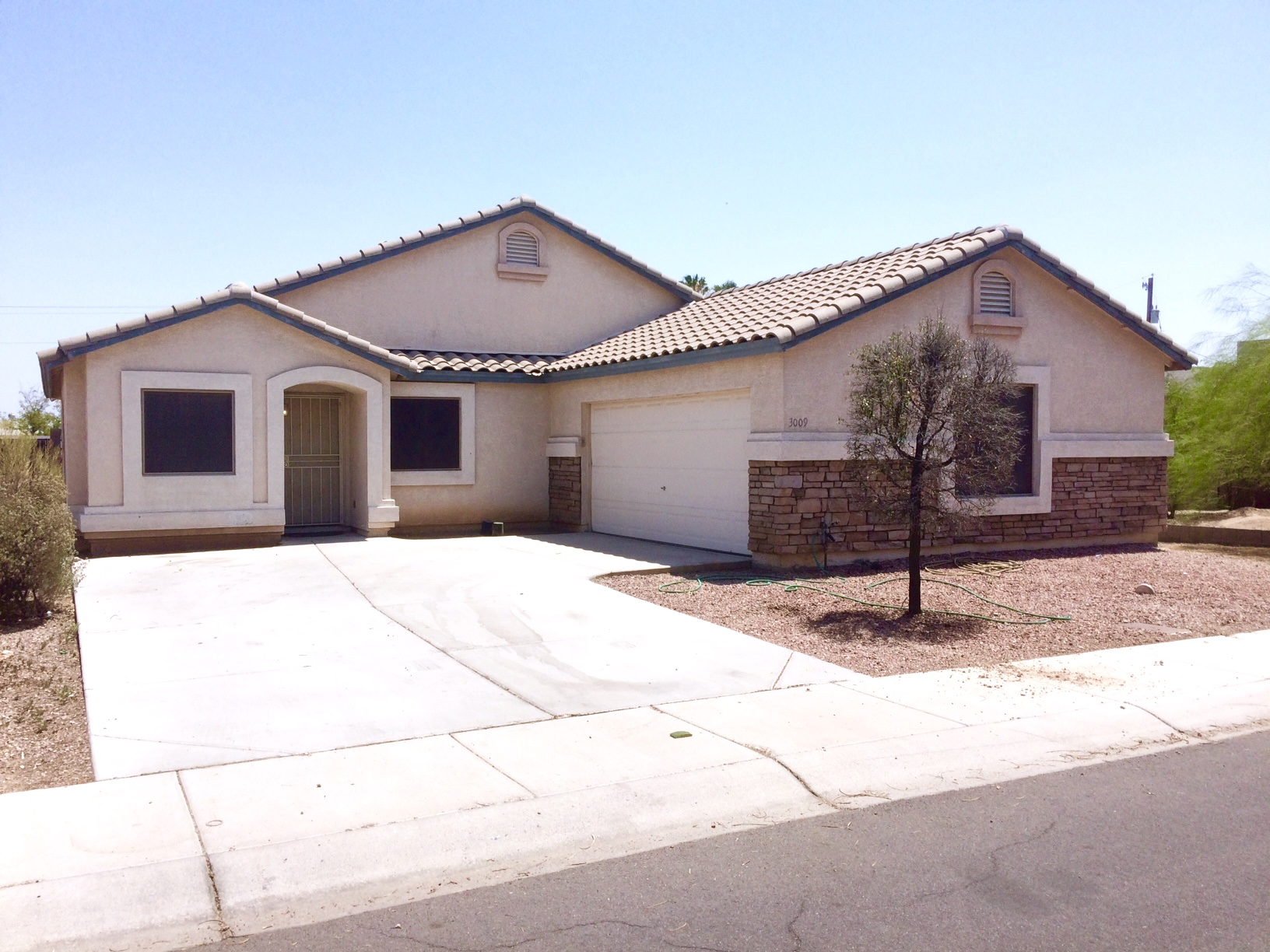 3009 N 83rd Dr, Phoenix, AZ 85037