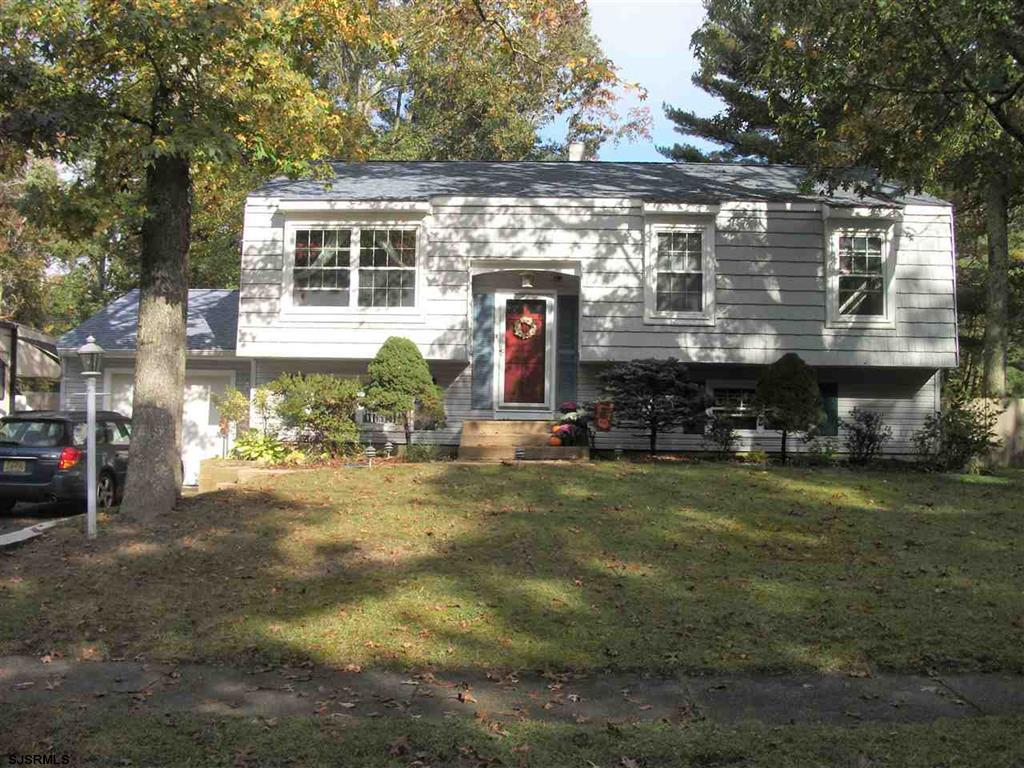 124 School House Rd Egg Harbor Twp, NJ 08234
