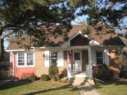 586 Elm Street Glen Ellyn, IL 60137