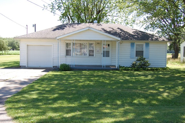 215 E 55th St, Anderson IN