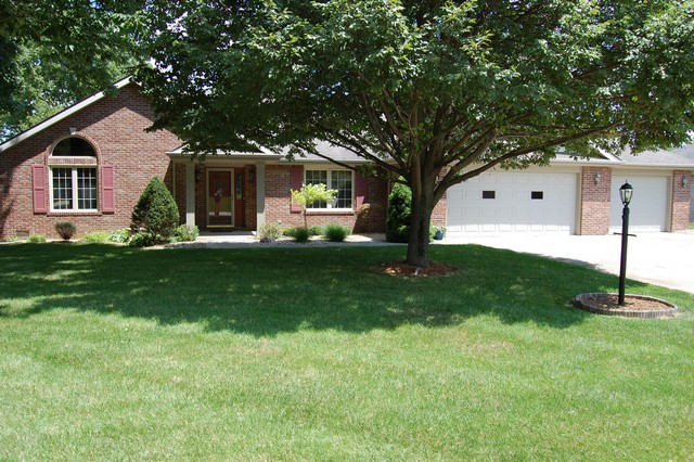 8744 Surrey Drive, Pendleton, IN