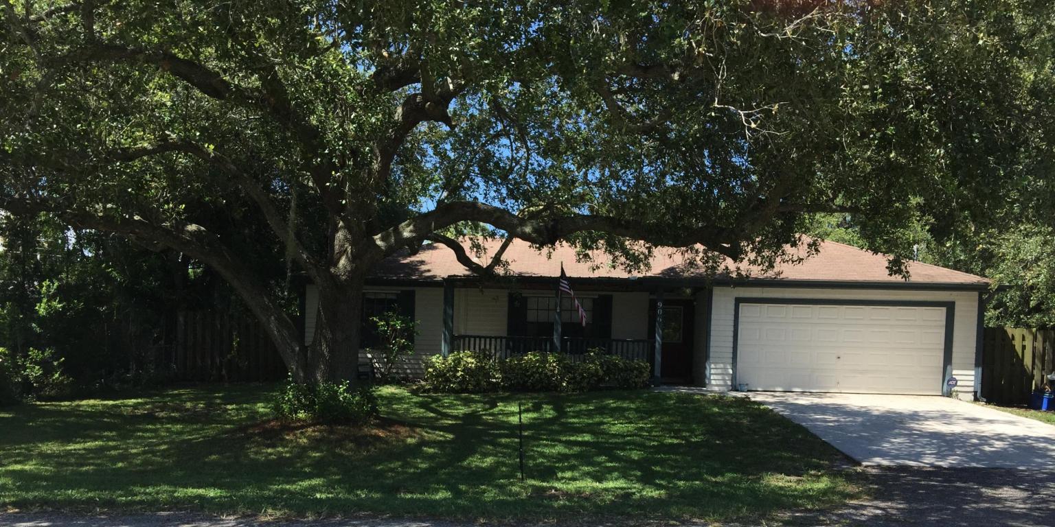 906 BUCKEYE, Ft. Pierce, FL