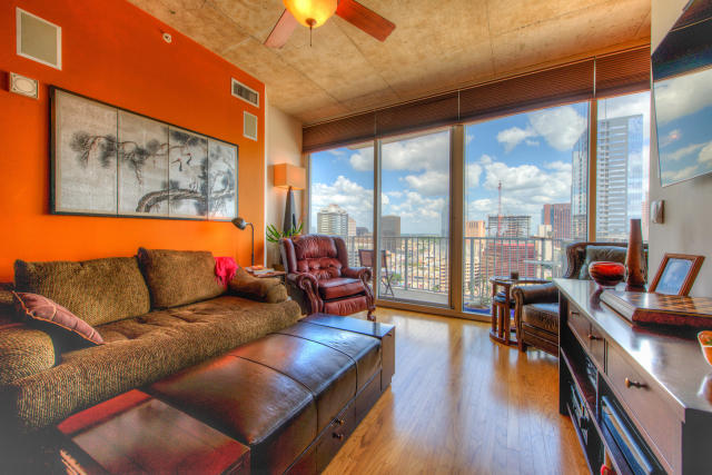 360 Nueces ST Unit#2005