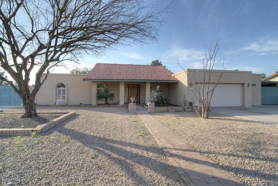 3111 E Hillery, Phoenix