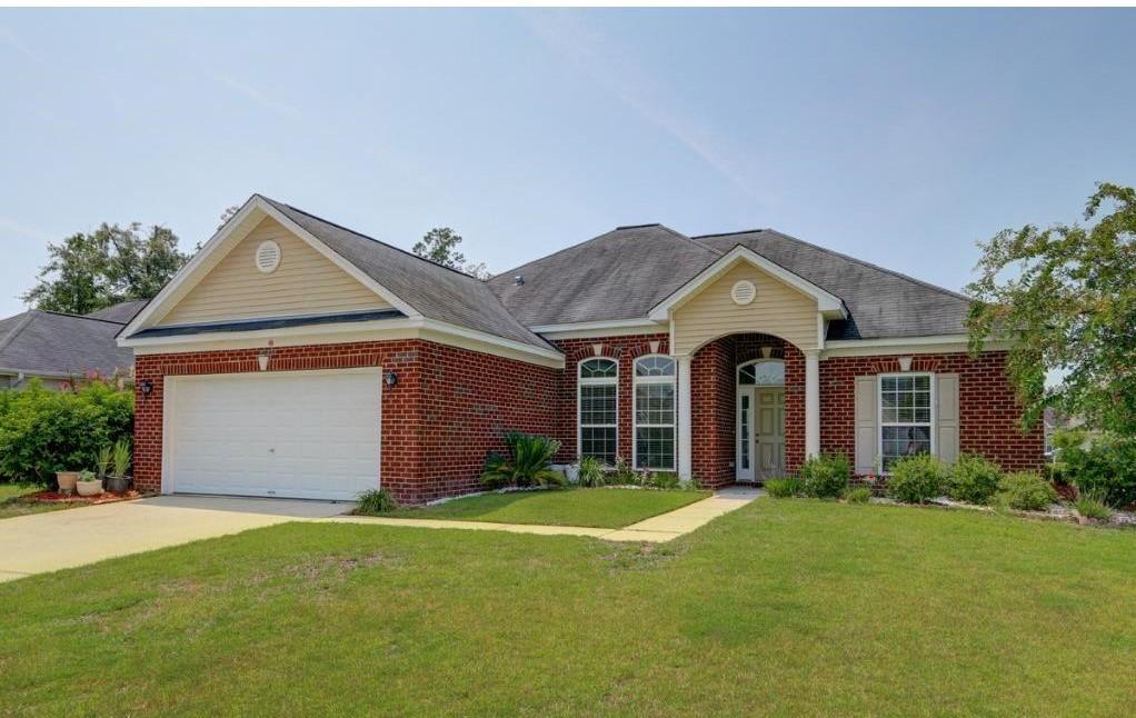 654 Stonebridge Circle, Savannah, GA 31419