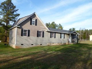 385 Livingston Rd., Pomaria, SC
