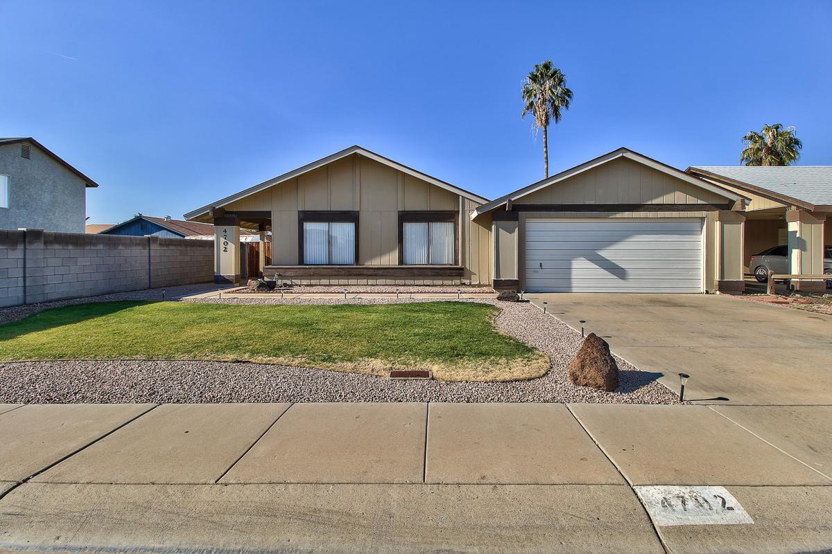 4702 N 76th Ln Phoenix, AZ 85033